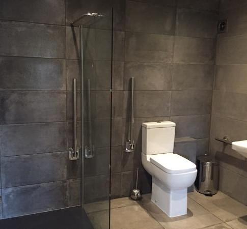 Still Waters - Wet Room