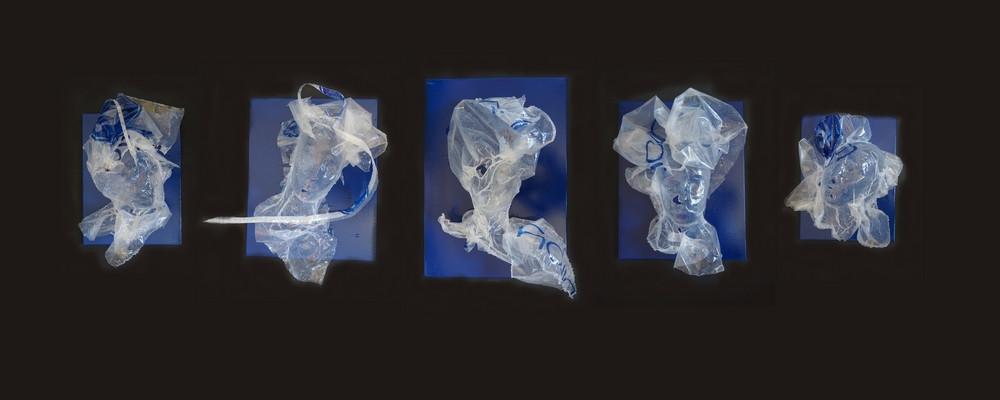 les 5 Backwashes sur toile bleue