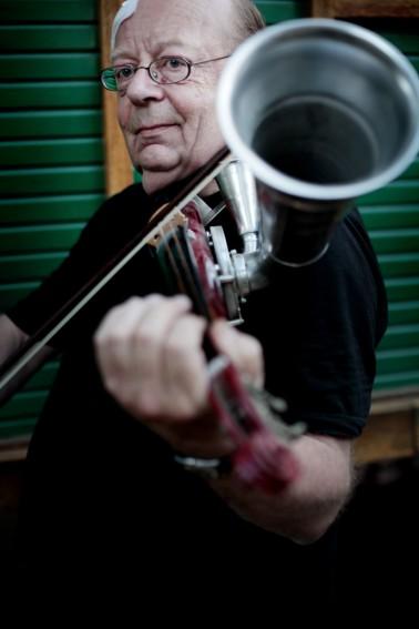 Philippe op Stroh viool