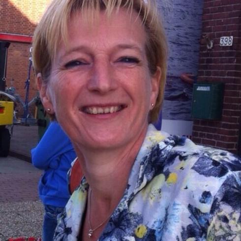 Carin van den Berg.png