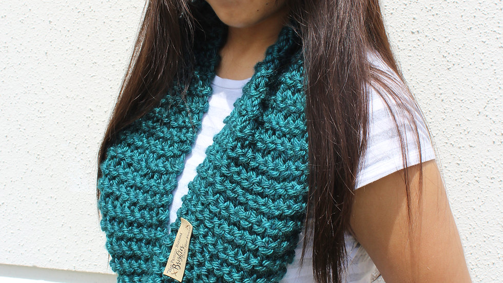 Acrylic Hand Knit Infinity Scarf // PEACOCK
