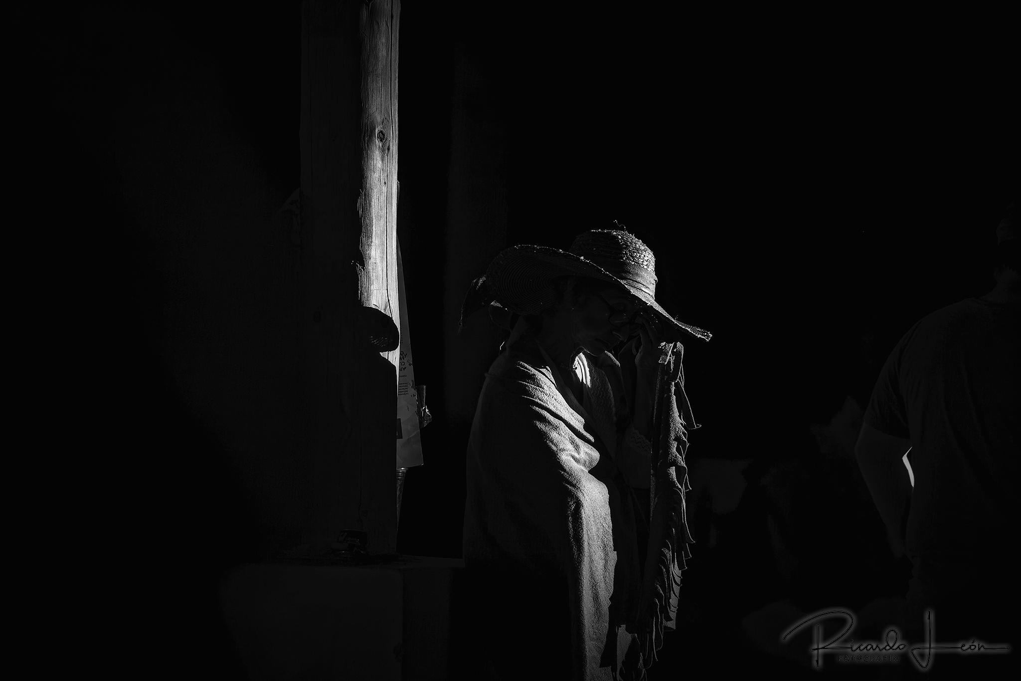 Copyright © Ricardo León