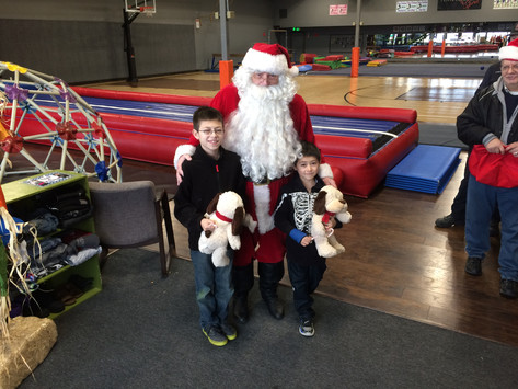 Santa visiting the Community Center