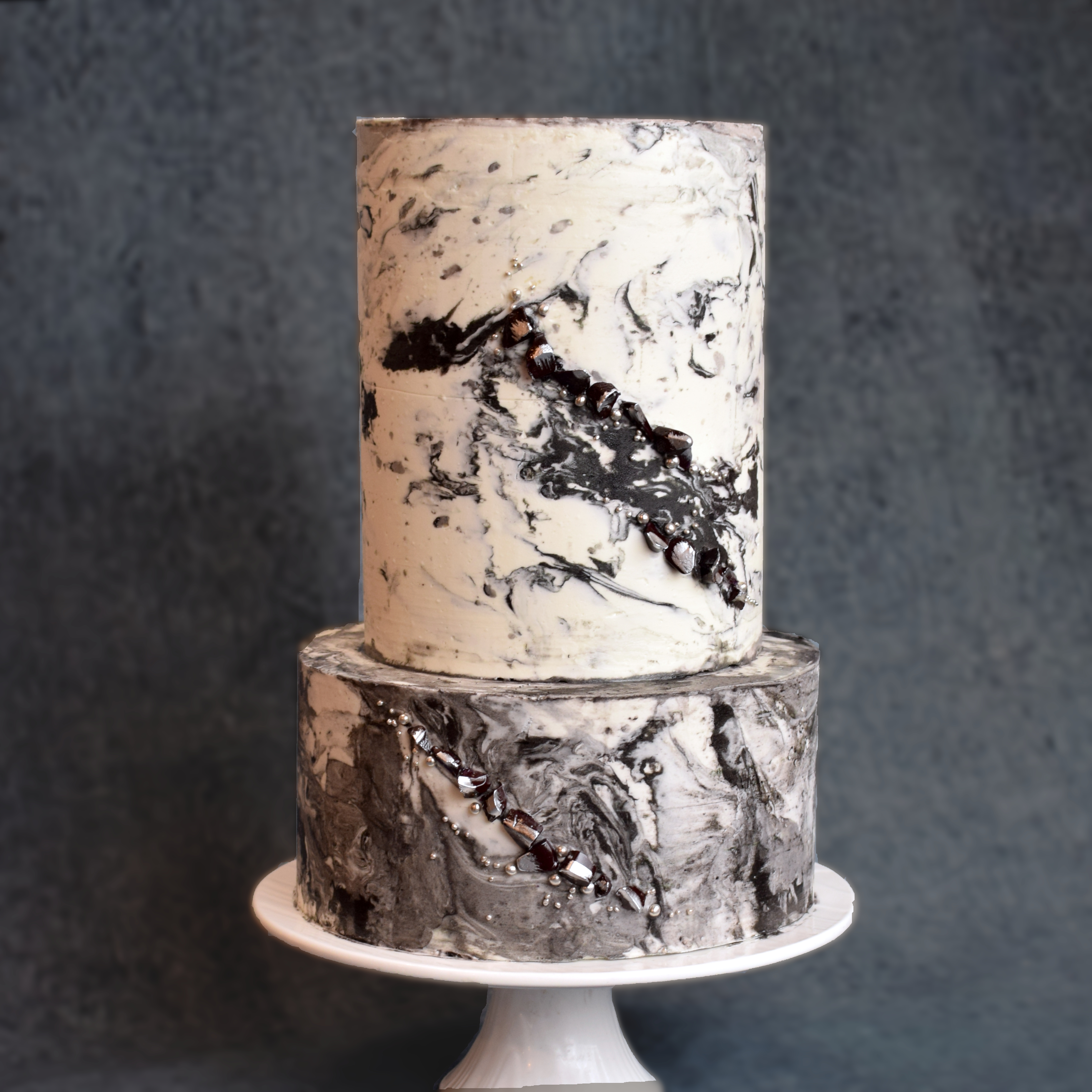 Marbled buttercream cake