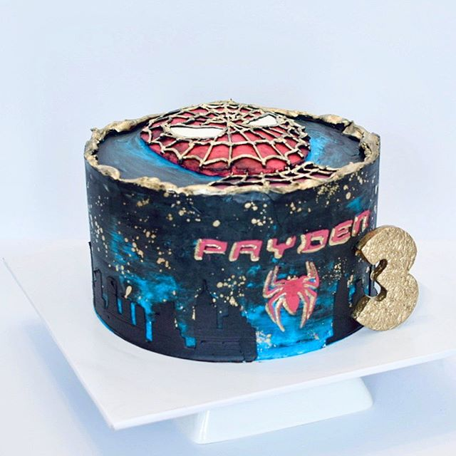 Spiderman kids birthday cake