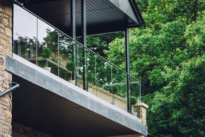 Frameless Glass Balustrade installer