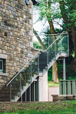 Side Fixed Glass Railing
