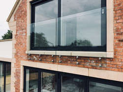 Frameless Glass Juliet Balcony