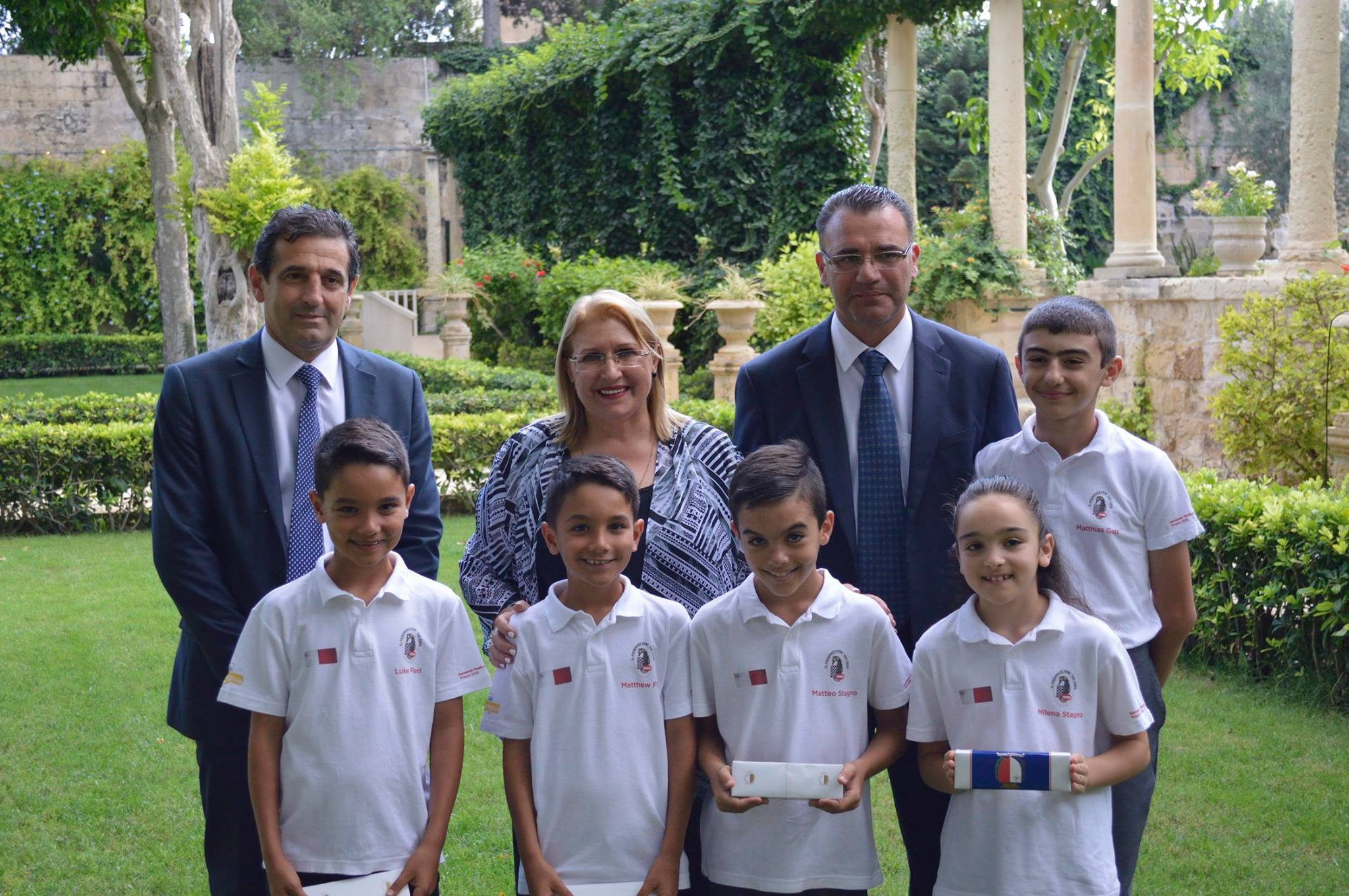 Juniors with Malta President