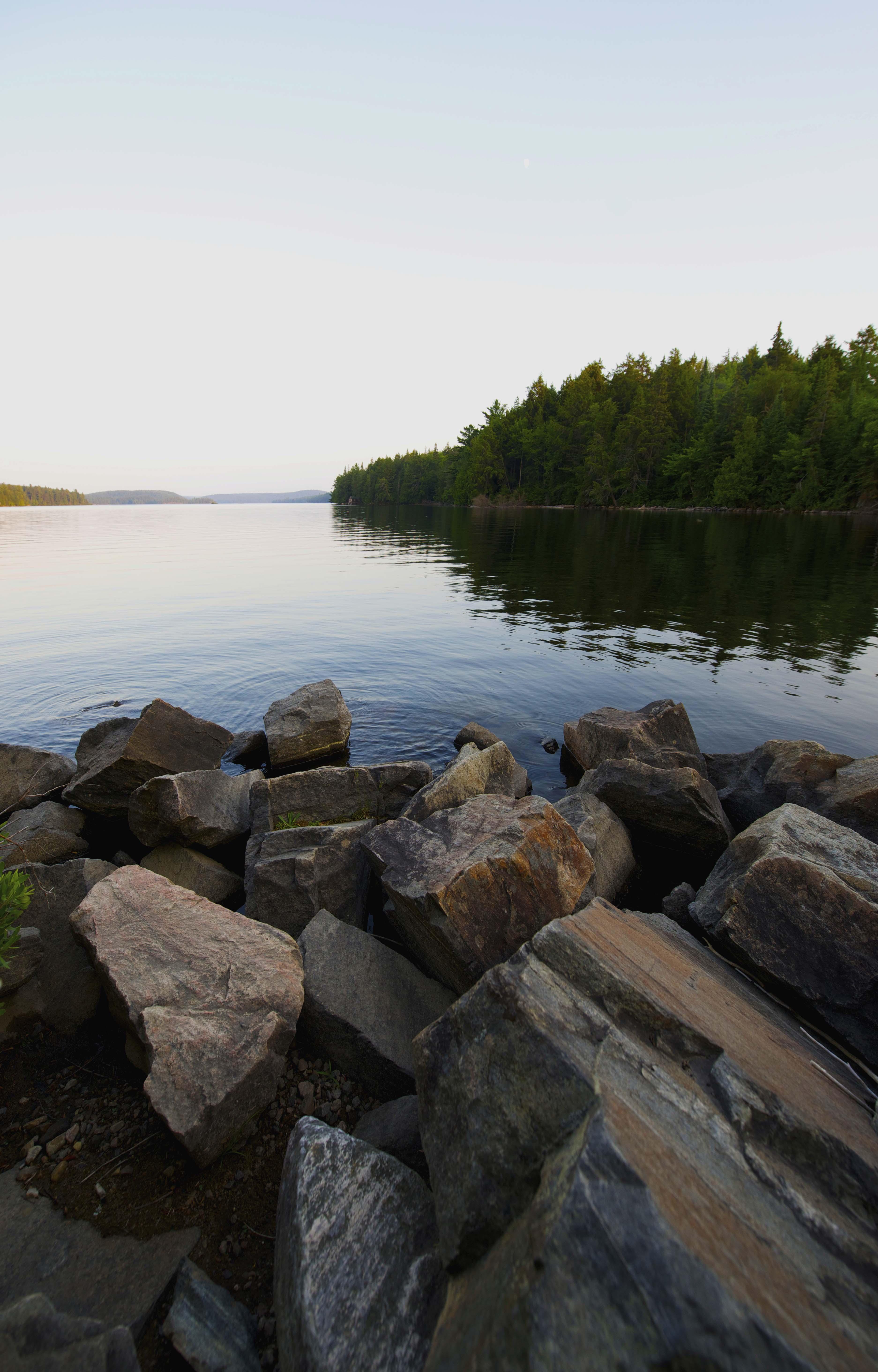 Hardy Lake trail