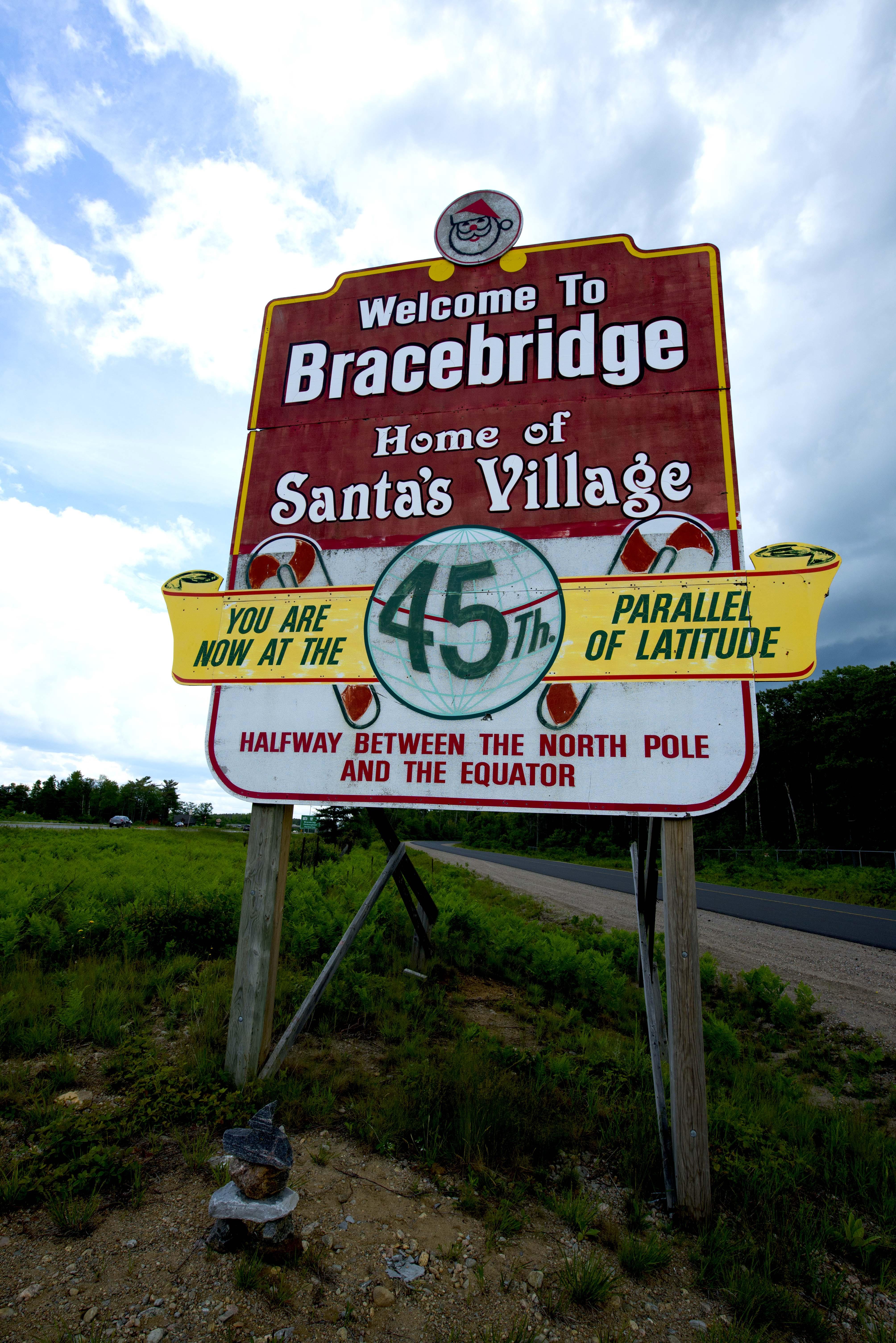Bracebridge santa village board