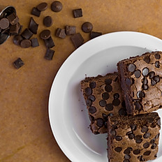 Giant Chocolate Chip Brownies