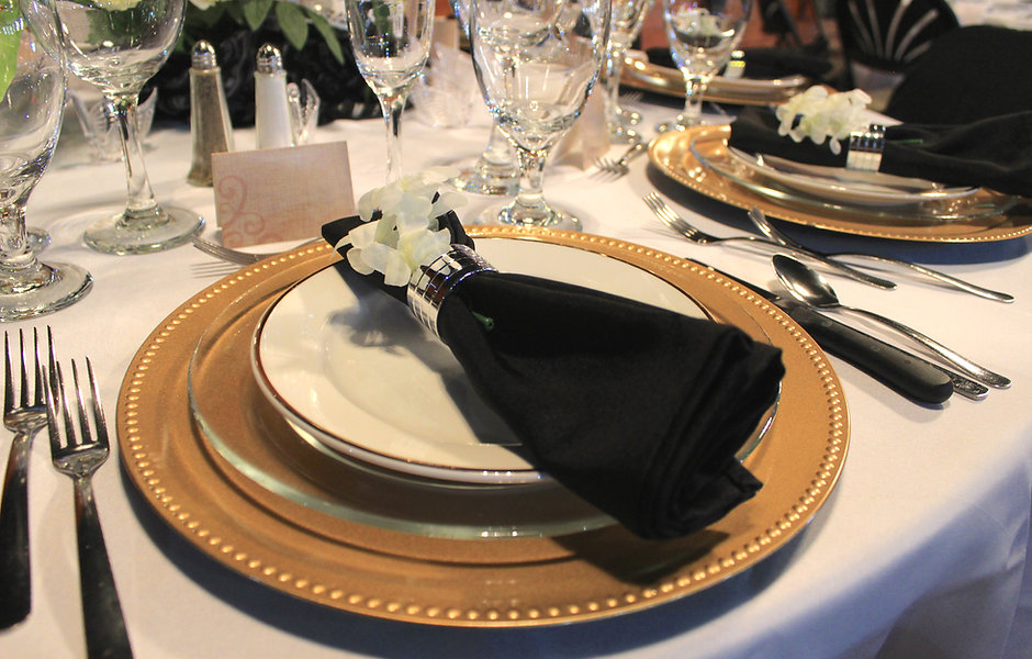 Grand Table setting 2.JPG