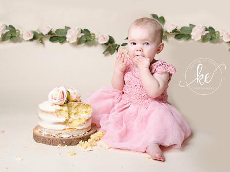 Let them eat cake! - Dorset Cake Smash Photographer