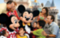 Mickey-and-Minnie-greeting-family.jpg
