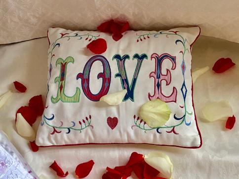 A love cushion