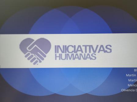 Estudiantes de la Facultad de Enfermería de La ULPGC realizan un trabajo sobre Iniciativas Humanas