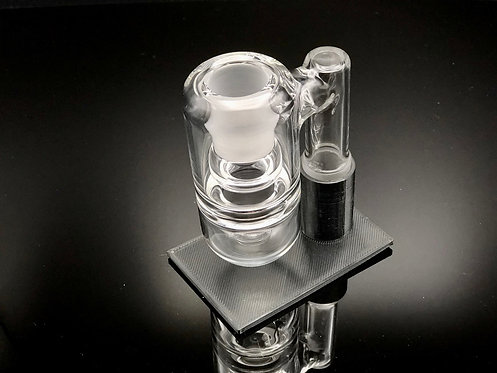 Solid State Concepts 18mm 90 Degree Dry Ash Catcher w/ Stand