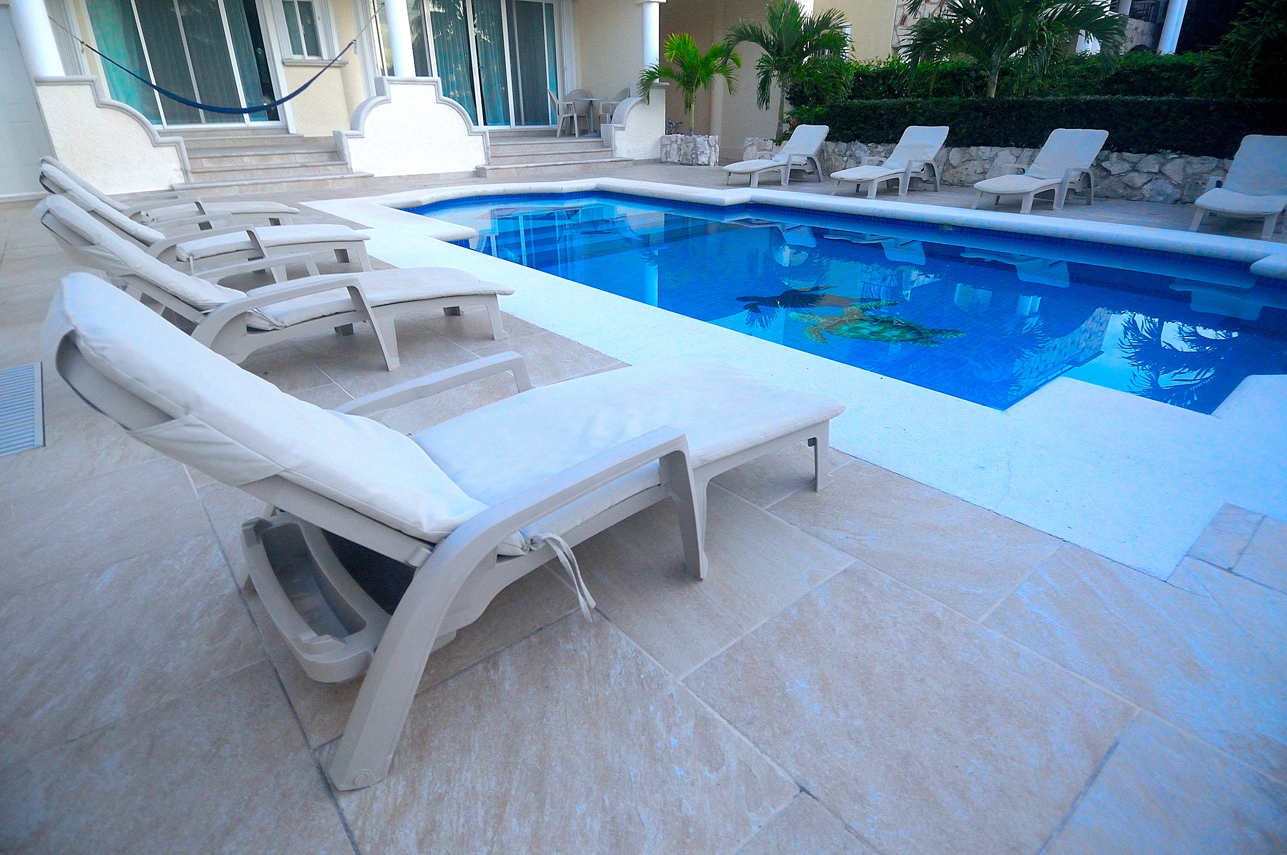 piscina aptos