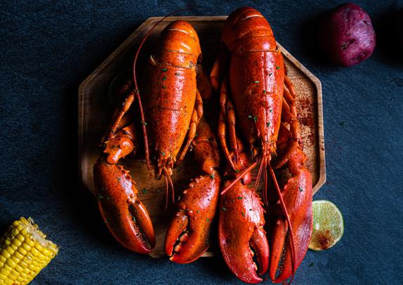 Whole Lobster.jpg