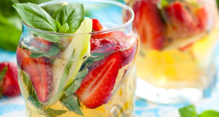 Strawberry Basil Bourbon Lemonade