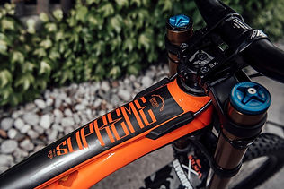 reece-wilson-commencal-supreme-decal.jpg