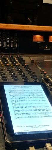 Score Mixing