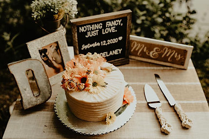 Custom Cakes.jpg