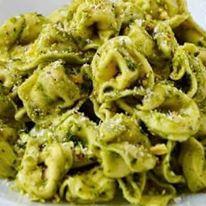 Tortelloni Pesto.jpg