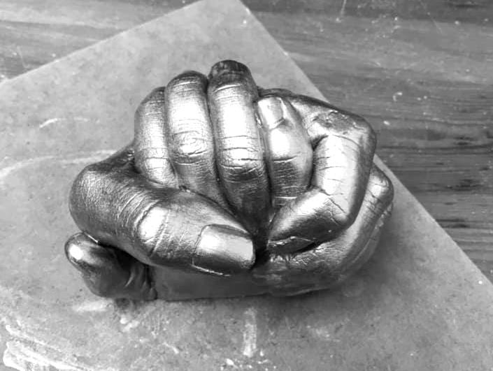 hand clasps_edited_edited.jpg