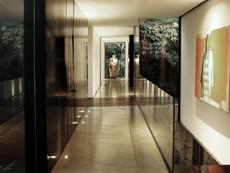 12-casa-escondida-hallway.jpg