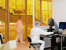 10-av-cleanroom-research-bay-1.jpg