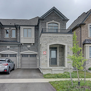 13 Collier Cres