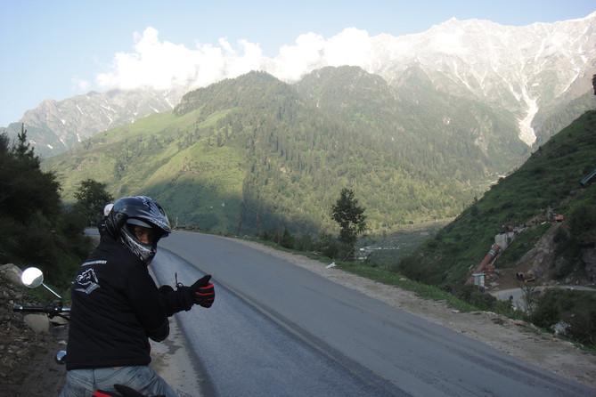 The Himalayan Sojourn 1.0- Part 4- Manali to Sarchu