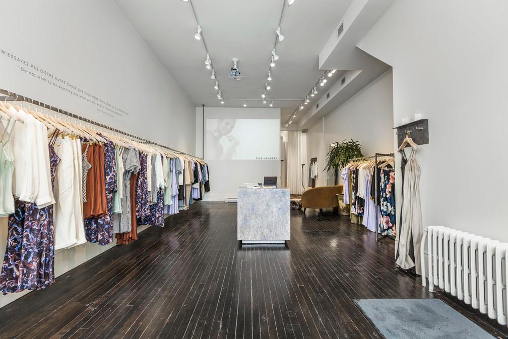 2461 Notre-Dame Silk Laundry