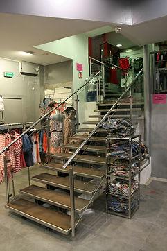 Escalier inox et bois
