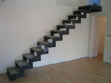 Escalier métallique auto-portant Montpellier