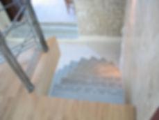 Escalier en acier, bois et verre, fabricant à Montpellier