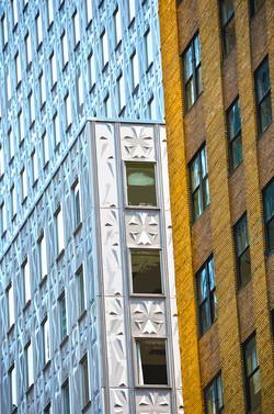 Armoirie – 2 - Manhattan