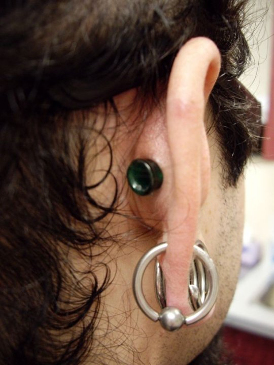 Large Gauge Conch