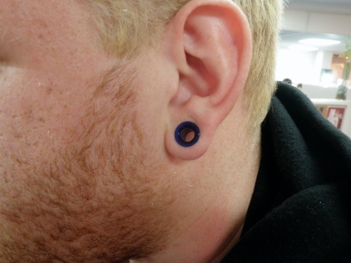 Large Gauge Lobe