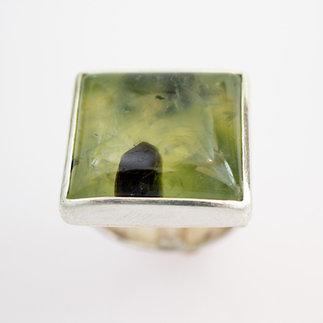 Ring-Silber-mit-Prehenit-von-gudRun-flügge---zu-erwerden---PA079564.jpg