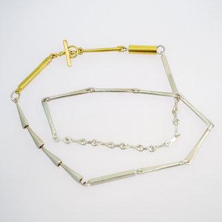 HalsKette-Silber,-GelbGold-gudRun-flügge--zu-erwerben---PA079590-_-2.jpg