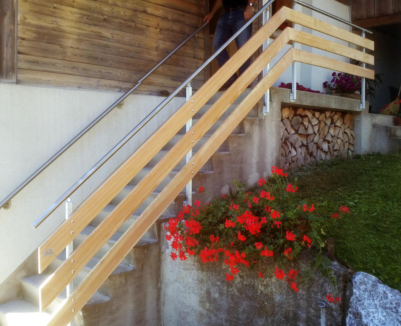 Geländeranfertigung mit Holz