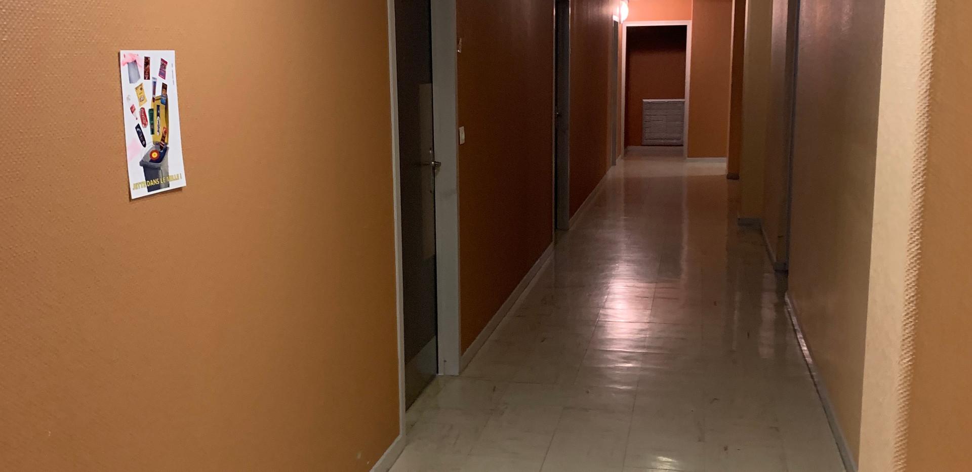 Couloir internats 1-2