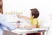 Niño en el psicólogo
