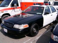 1998 - 2011 Ford Crown Victoria 2.jpg