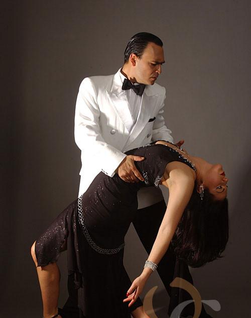 oscar_georgina_tango_3.jpg