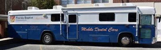 mobiledentalbus.jpg