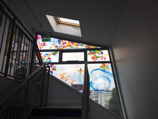 Installation of Sé at Gaelscoil Lios na nÓg